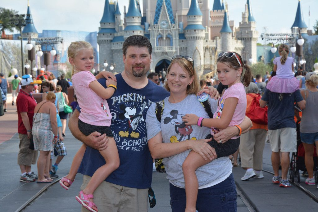 PhotoPass_Visiting_Magic_Kingdom_Park_7438638459