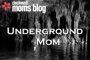 underground mom title graphic
